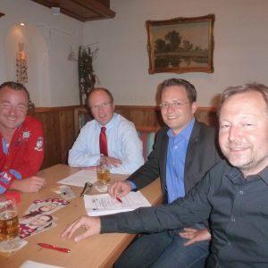 Oliver Jung, Landrat Burkard Albers, MdL Tobias Eckert und Dr. Frank Schmidt