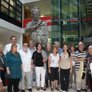 Genossinnen und Genossen aus Limburg-Weilburg im Willy-Brandt-Haus